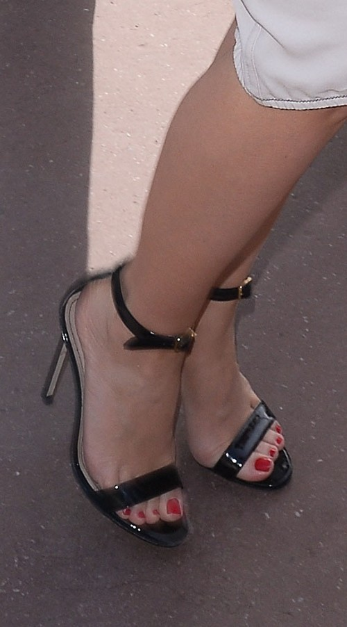 Kylie Minogue Feet 1916710